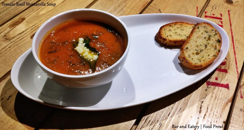 tomato-basil-soup-food-prowl